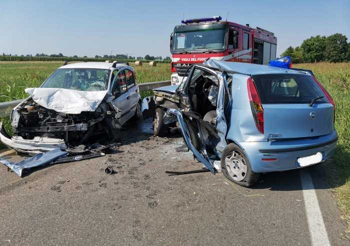Soliera, schianto frontale: muore automobilista