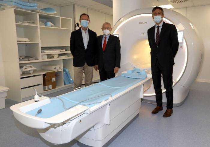Ospedale Sassuolo, intitolata a Enzo Ferrari la risonanza magnetica