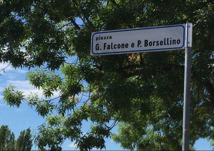Anniversario morte Borsellino, l'antimafia oggi vive una pagina buia