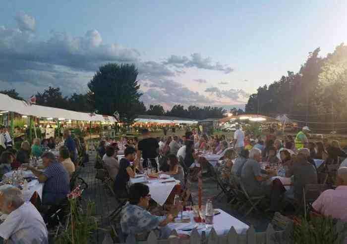 Festa Unità Bosco Albergati: il PD che mangia ma non balla più
