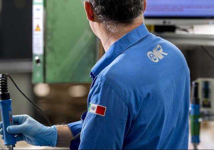 Automotive Modena: Omr rinuncia a cassa integrazione e usa le ferie. Ma per Cgil è un 'sopruso'