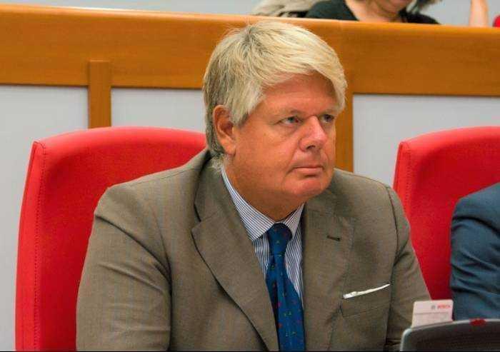 'Migranti positivi a Modena? Qui ormai alberga la follia'