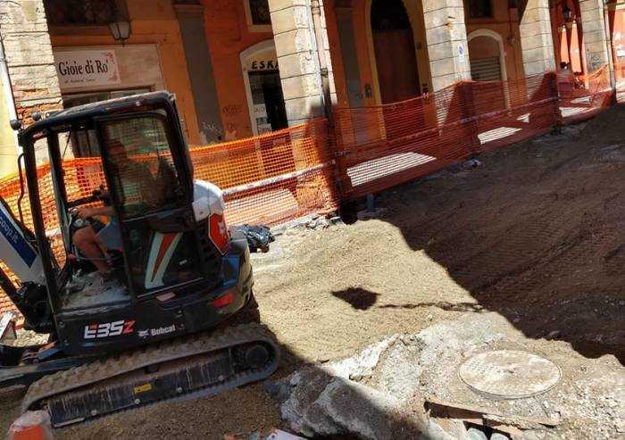 Confesercenti: 'Il Comune chiuda i cantieri il più presto possibile'
