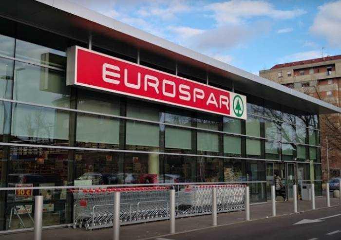 Ladro recidivo tenta furto all'Eurospar: arrestato