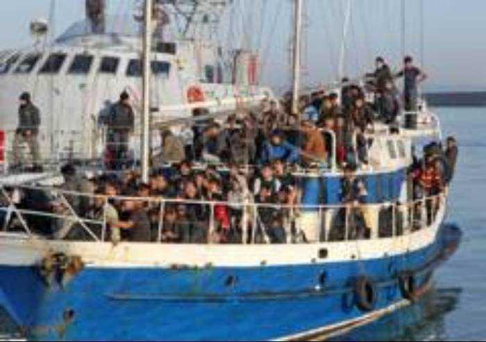 Nel 2019 il 74% degli immigrati sbarcati senza diritto alla protezione