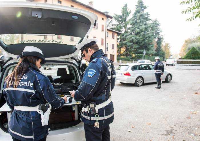 Maranello: violano l'isolamento domiciliare, 4 multati