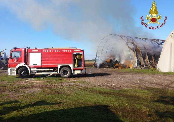 Ravarino: incendio di 300 rotoballe...dopo la pioggia
