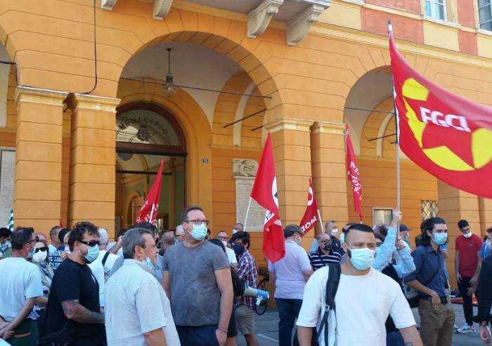 Vertenza Goldoni: sciopero e manifestazione in Piazza a Carpi
