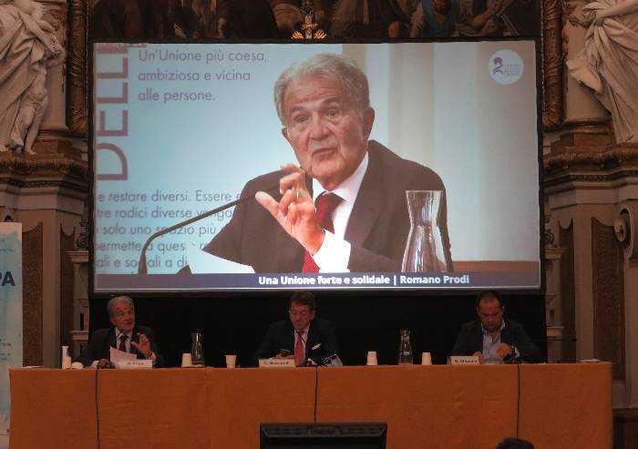 Modena, 31mila euro dal Comune per scuola politica aperta da Prodi e Bonaccini