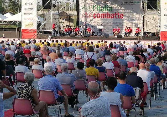 Modena, dal palco di chiusura della festa dell'Unità l'appello per il Sì