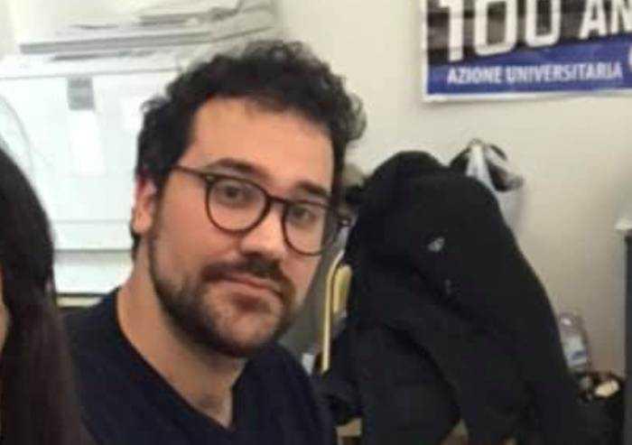 Fratelli d'Italia: 'Scuola, ingressi scadenzati e bus pieni. Gestione pessima'