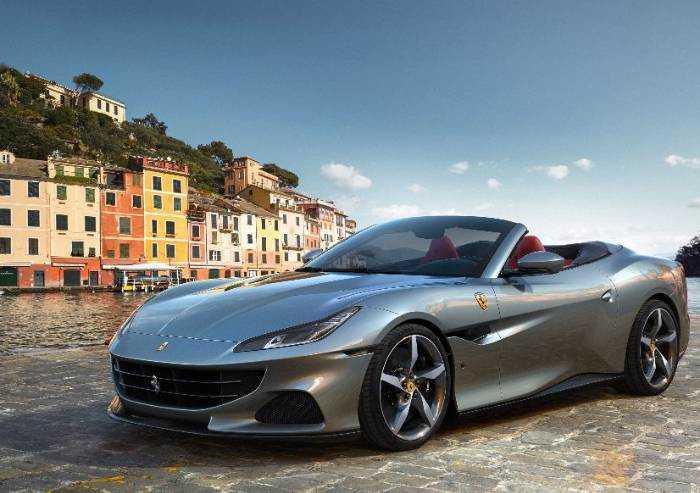 Presentata oggi la nuova Ferrari Portofino: 'Simbolo della ripartenza'