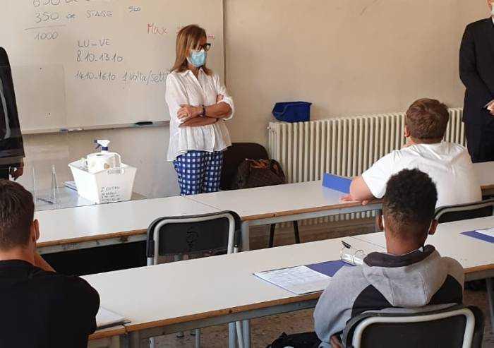 Covid Modena, 5 studenti positivi: Pascoli, San Carlo, Fermi, Wiligelmo e Meucci