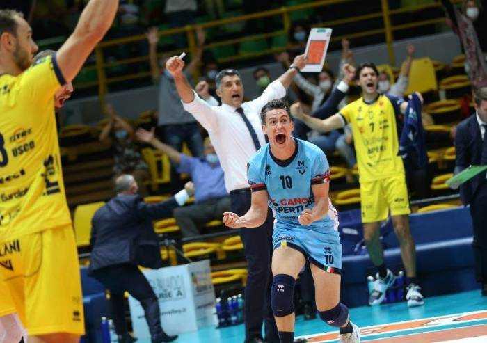 Modena vince con Perugia, ma gli umbri volano in finale di Supercoppa