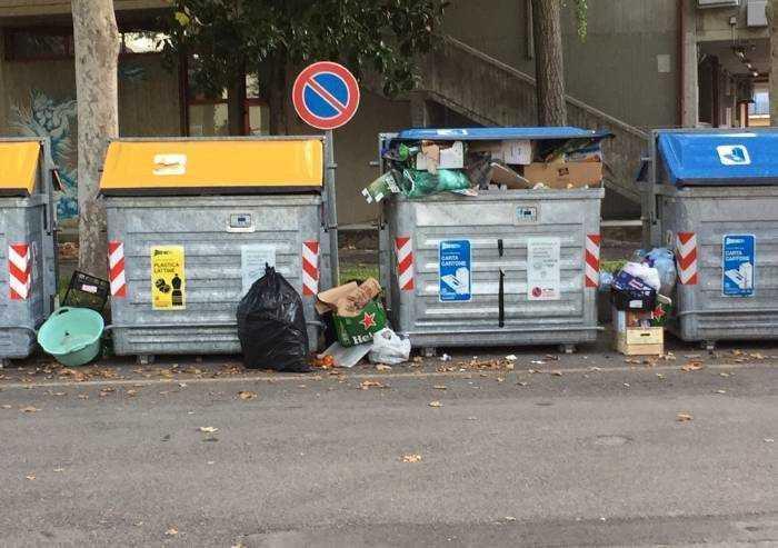 Servizio rifiuti: il Covid fa risparmiare 685mila euro a Modena, ma il servizio annuo costerà 32 milioni
