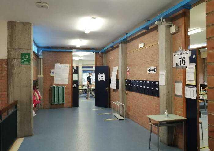 Voto, a Modena affluenza al 57%. Oltre il 70% a Vignola e Montese