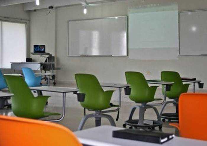 Modena, covid nelle scuole: altri 4 contagiati