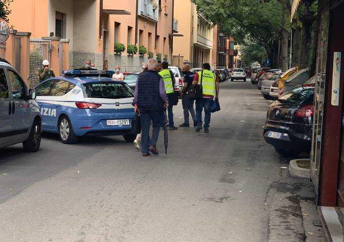 Si ferisce con la motosega: grave infortunio a Modena
