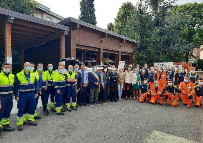 Maranello, inaugurata automedica donata da Ferrari all'Ausl di Modena