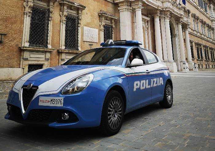 Modena, tentata estorsione: arrestato 18enne tunisino pregiudicato
