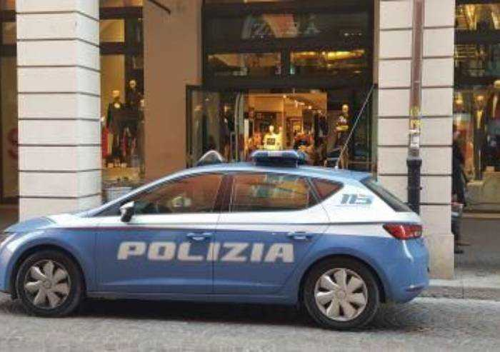 Modena, tentata rapina da Zara: 36enne marocchino arrestato