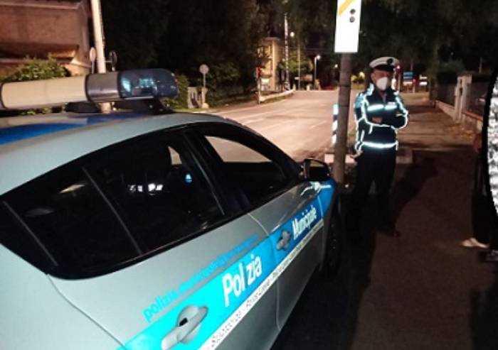 Carpi, ubriaco sulla Romana Nord: rifiuta alcoltest. Caso in Procura