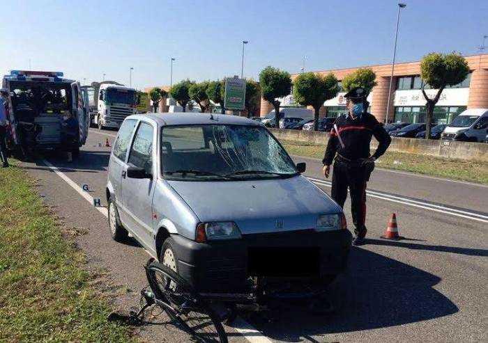 Carpi, ciclista travolto e ucciso da un'auto guidata da un'anziana