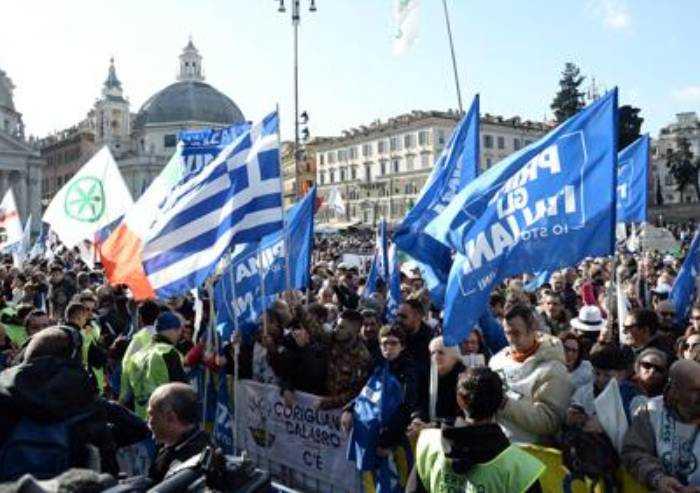 Modena, tre leghisti cacciati dal partito: 'Minano la coesione'