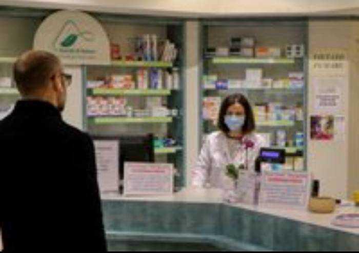 Modena, test sierologico in farmacia: ecco le farmacie aderenti