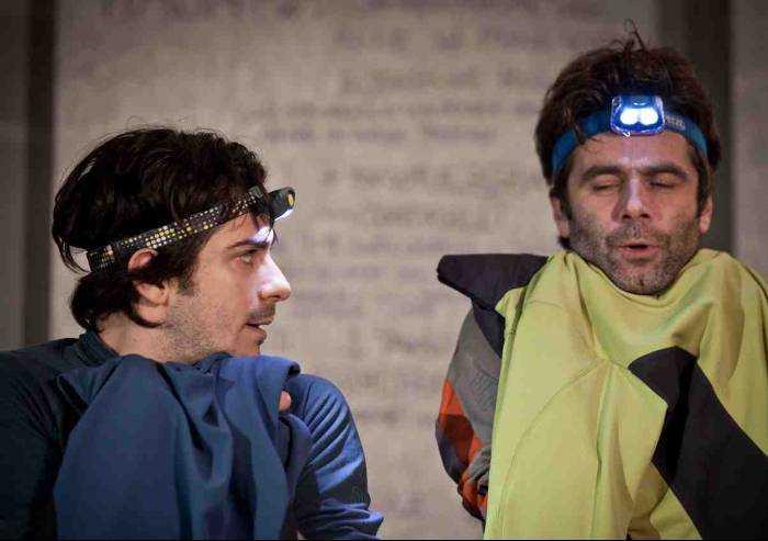 Pavullo, al teatro Mac Mazzieri lo spettacolo di prosa (S)legati