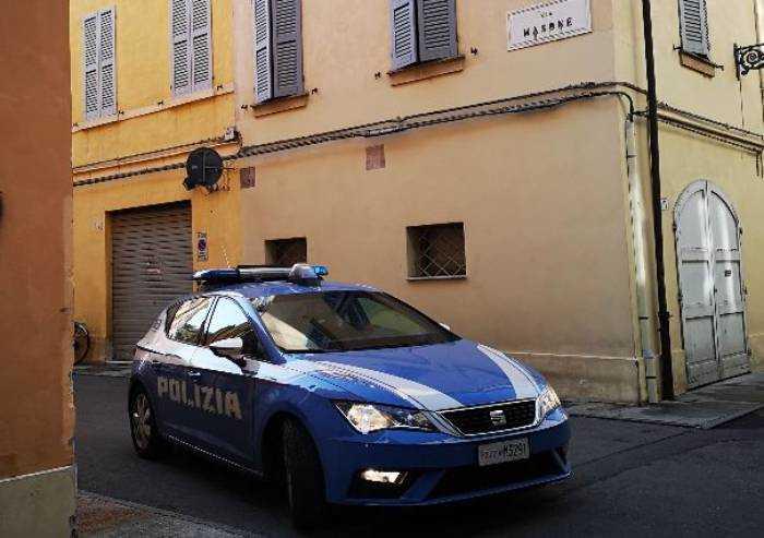 Modena, furto in ristorante del centro: arrestato tunisino clandestino