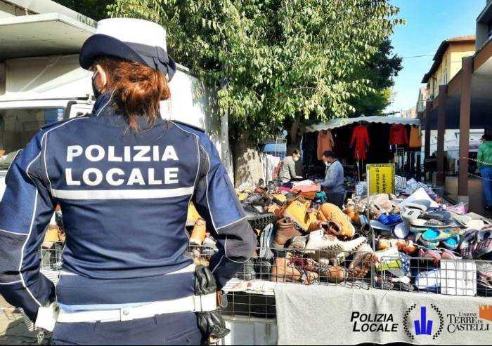 Covid, mercato di Vignola: multato un ambulante pakistano