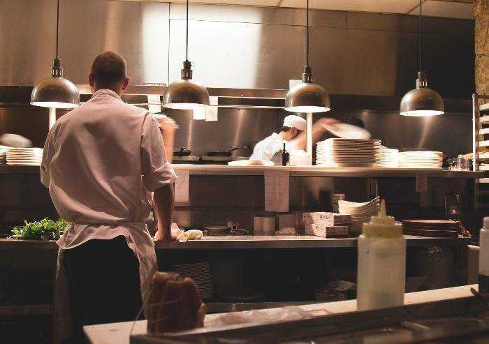 Protesta ristoratori annullata, ma piovono critiche, molti ci saranno