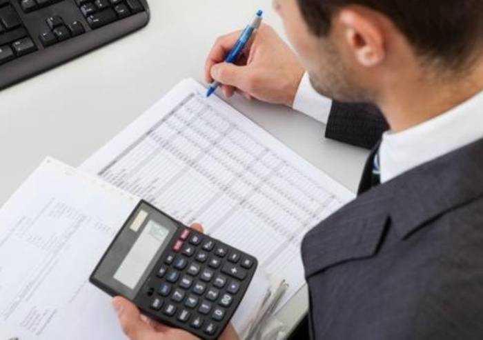 Sempre più difficile rispettare le scadenze, commercialisti in allarme