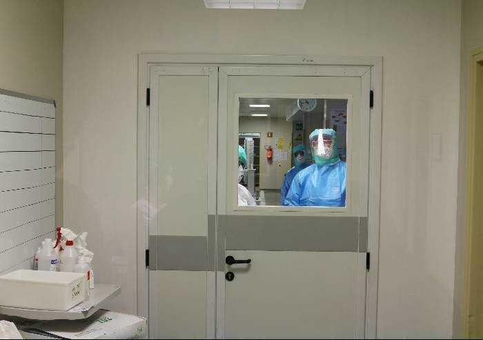 Covid a Modena, in un giorno 4 terapie intensive e 24 ricoveri