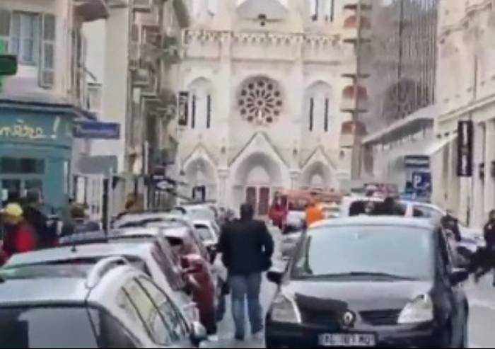 Nizza, attentato terroristico, donna decapitata in chiesa, tre morti