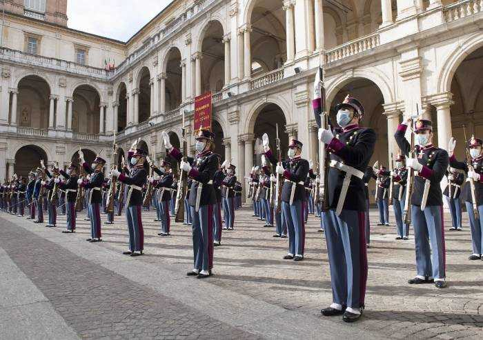 Accademia militare: giura il 201° corso 'Esempio'