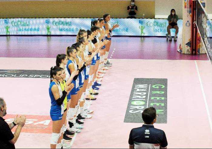 Sassuolo, focolaio Covid all'interno della squadra femminile di volley