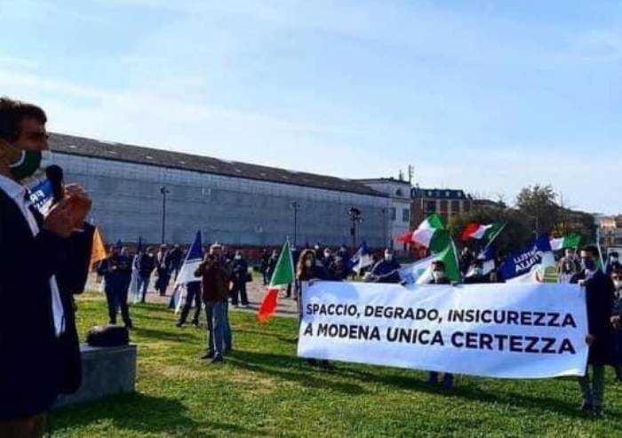 Immigrazione irregolare e insicurezza, Modena maglia nera, opposizioni all'attacco