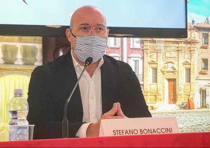 Il presidente Stefano Bonaccini positivo al Covid: è asintomatico