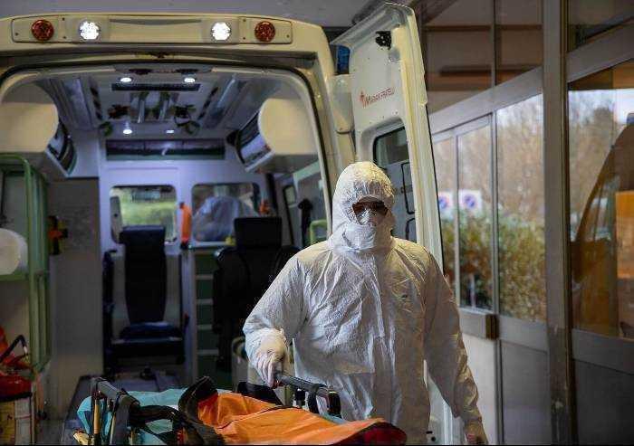 Covid a Modena: 5 nuovi pazienti in terapia intensiva e 44 ricoveri