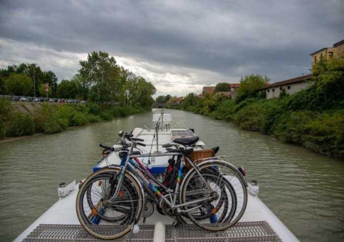 In bici nel ferrarese, domenica ultimo tour