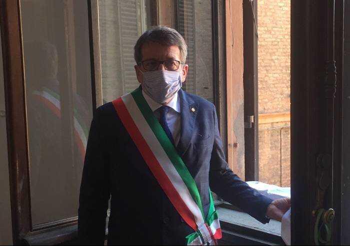 Covid, nuova strage Cra di Modena. Quando Muzzarelli negava il dramma