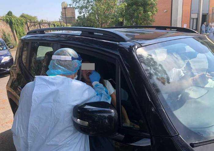 Covid, record di 639 casi a Modena. Muore una 58enne di Sassuolo