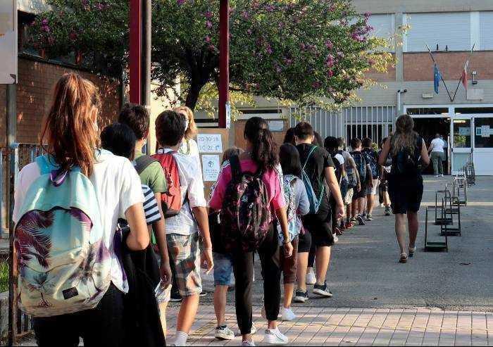 Modena, Covid a scuola: altre 8 classi in isolamento