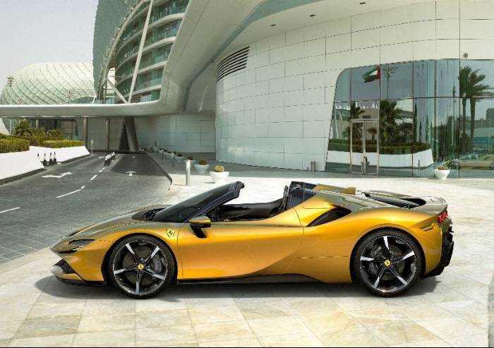 Ferrari SF90, ecco la supercar di gamma più potente di sempre
