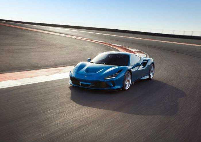 Ferrari, la F8 Tributo viene nuovamente premiata agli sport auto Award