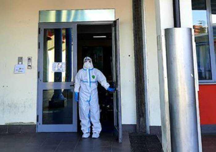 Covid a Modena, 377 sintomatici su 517 nuovi casi. Sette i morti