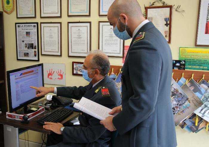Scuola Modena, assistente amministrativo denunciato per assenteismo