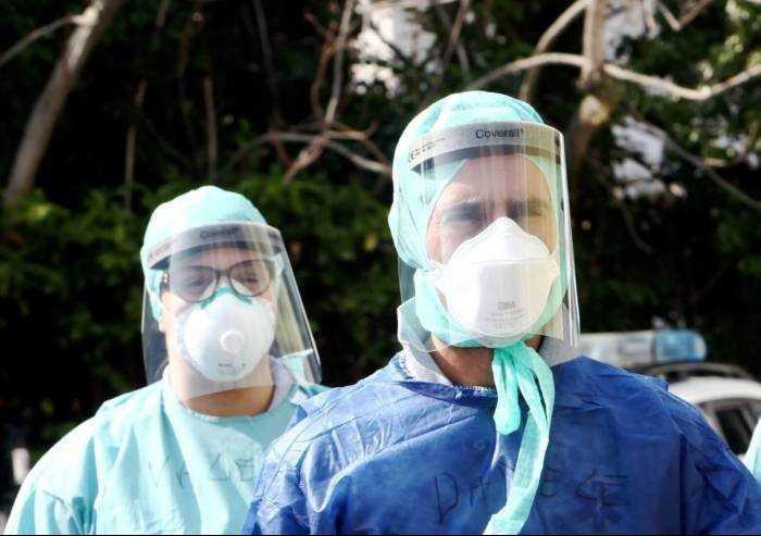 Covid a Modena, 11 ricoverati e 4 in terapia intensiva. Dieci morti